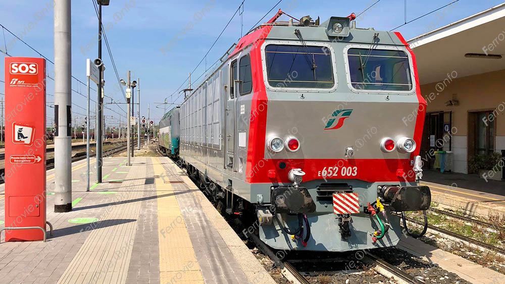 Ferrovie: la E.652.003 riconsegnata in livrea Mercitalia Rail