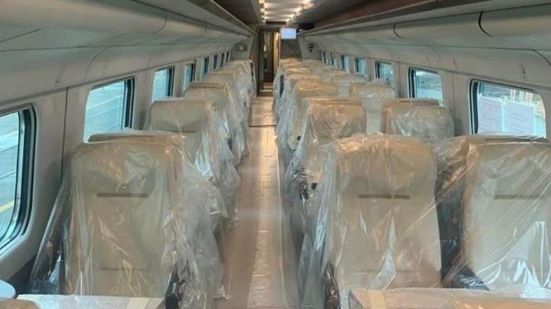 https://ferrovie.info/images/news12/etr_470_velos_7181.jpg
