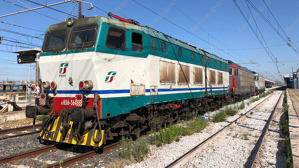 Ferrovie: ultimo viaggio per il Caimano E.656.564? [VIDEO]