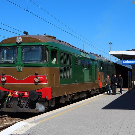 Transiberiana Dabruzzo Calendario 2020.Ferrovie Info Ferrovie Torna Il Treno Del Vino Sulla