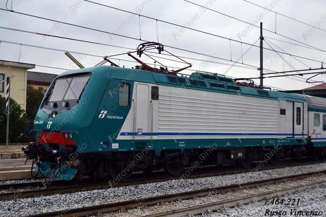 Stando a quanto riportato dal blog del Comitato Pendolari Alto Friuli,  sulle 140 corse dei treni regionali che, ogni giorno, viaggiano lungo la  rete della ... d9220ec0f3